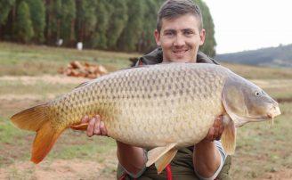 brandon frazer, common carp, wild waters, angerl, in session, fisherman, wefish, carp fishing south africa,